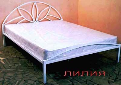кровать-железная-лилия