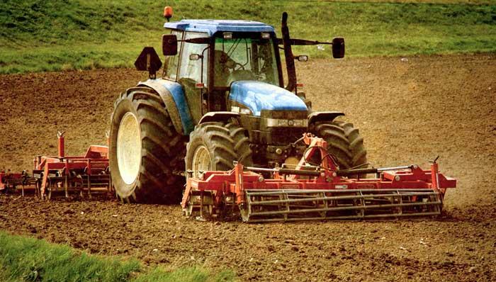 ремонт-трактора-спецтехники